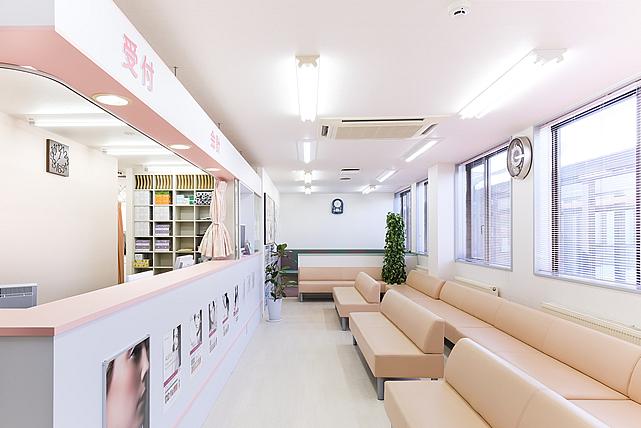平岡皮膚科スキンケアクリニックの店舗情報